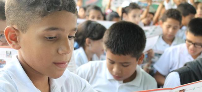 Escuela Dilma Acosta de Alvarez 012 / Transbarca en Imágenes / CC BY-NC-SA 2.0.